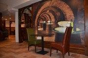 Продам столы б/у из верзалита для ресторана,  кафе,  общепита